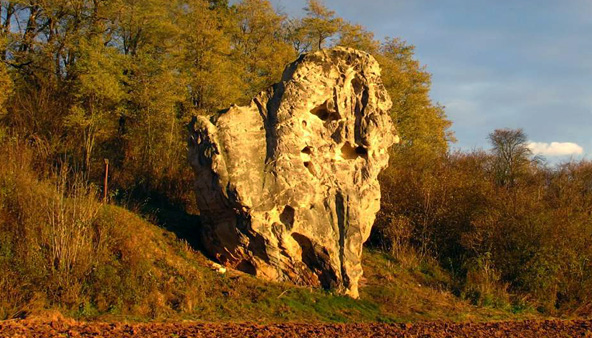 AGT 75: Podlesinska skalni jehla